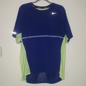 NIKE Men's Dri-Fit Shirt with Reflective Accents